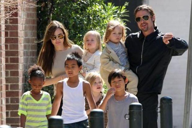 "Angelina Jolie, ""Maleficent""ta 3 çocuğuyla birlikte oynayacak!"